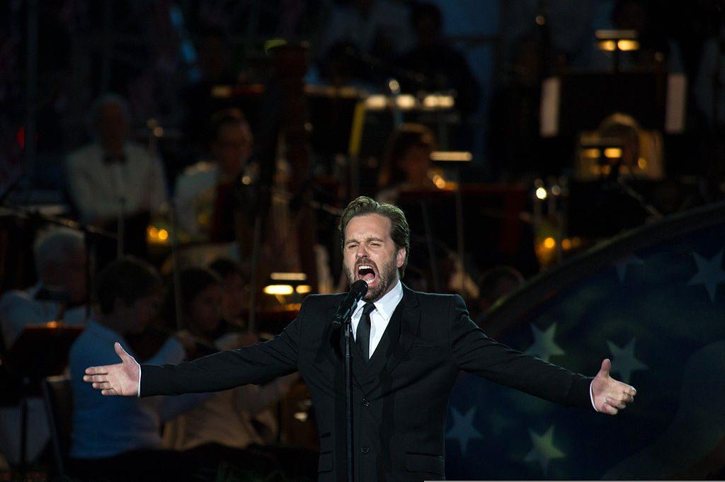 Opera Tenors: Alfie Boe singing in Washington, D.C.