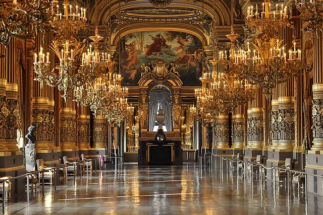 European ballet: Paris Opera has one of the best ballet companies in the world.