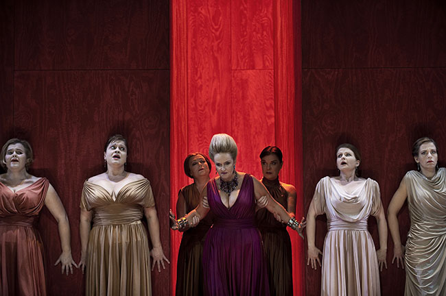 5 Contemporary Female Opera Singers You Should Know