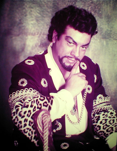 Opera Tenors: Mario Lanza as the character Otello.