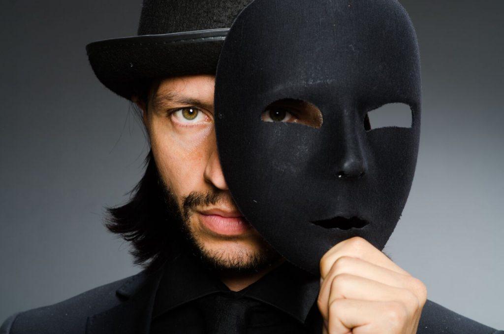 cennarium_opera_influence_masked_singer