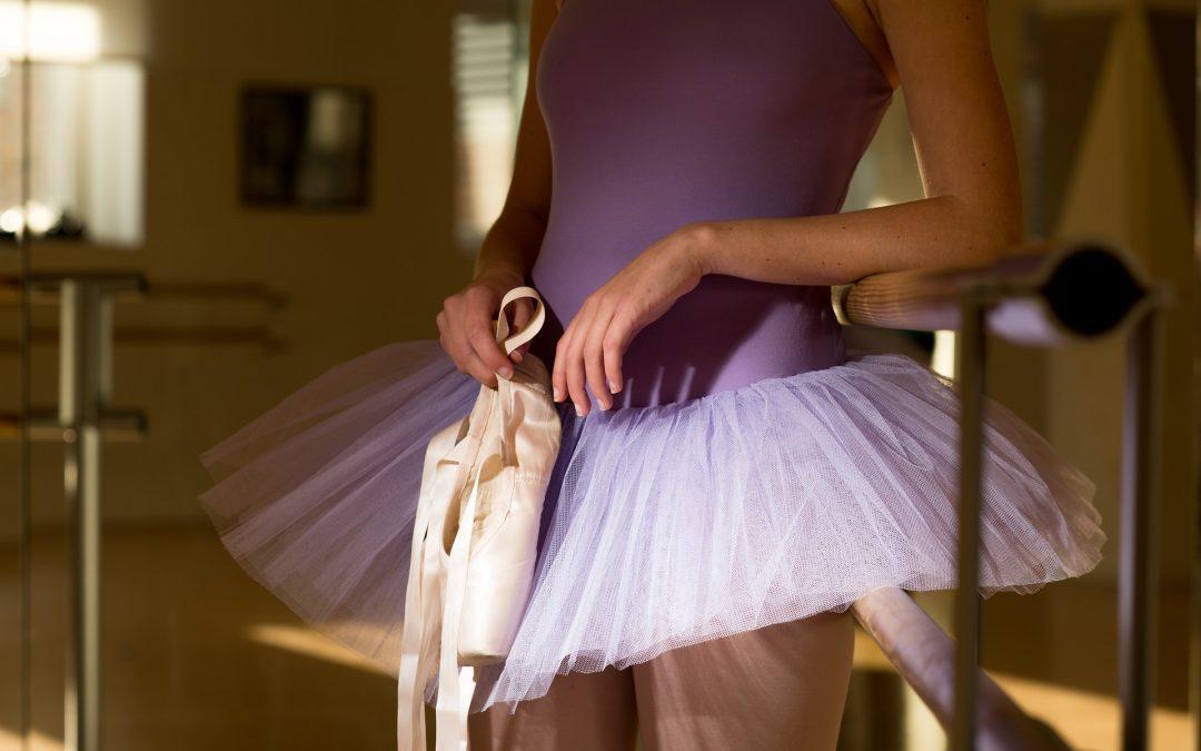 3 Random Ballet Dancers