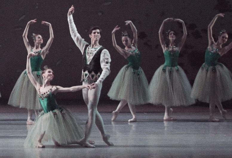 8 Famous Modern Ballet Pieces
