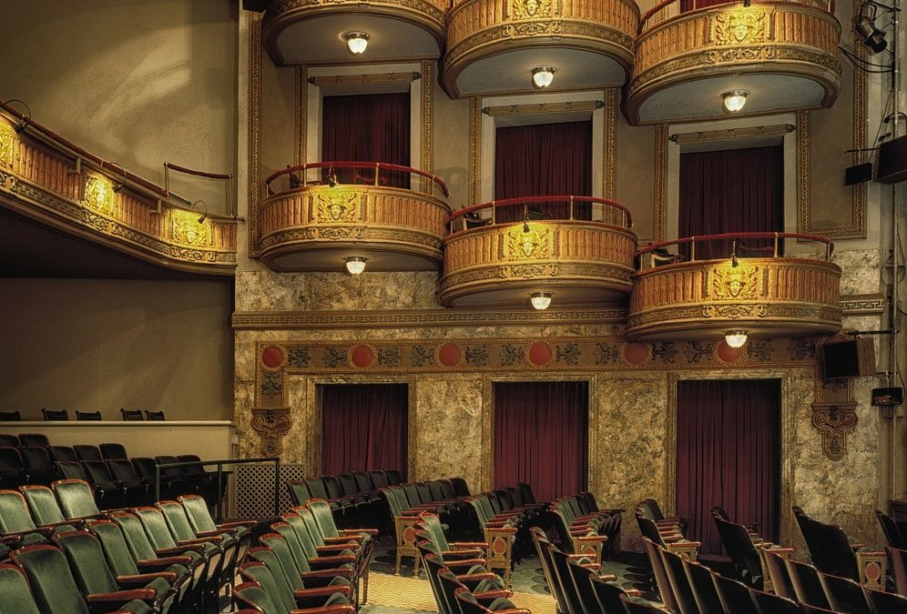 5 Excellent Opera Singers